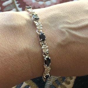 Jewelry - Beautiful silver/garnet bracelet (read description